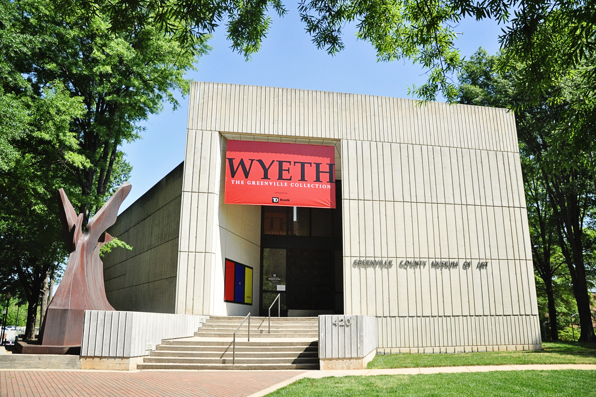 GCMA_Museum_exterior_with_Wyeth_banner.jpg